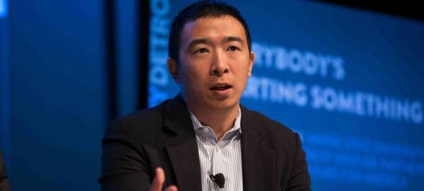 Andrew Yang talking about urban entrepreneurship at Techonomy Conference 2015 in Detroit.