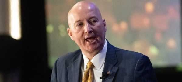 Nebraska Governor Pete Ricketts speaking at Agricultural Outlook Forum, 2/21/19.